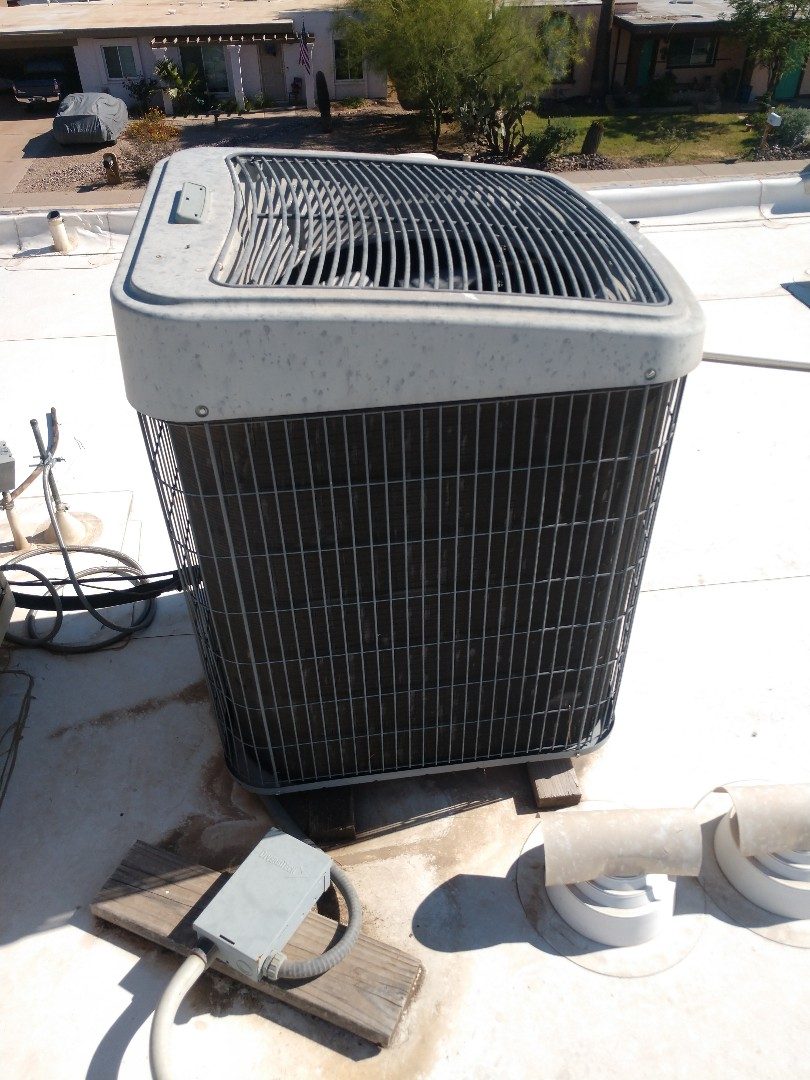 Phoenix, AZ - Air conditioning Repair. Performed ac Repair on carrier heat pump