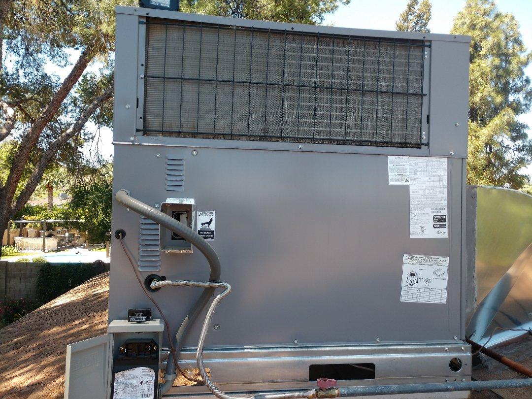 Phoenix, AZ - Ac maintenance. Performed air conditioning tune up on day & night gaspack
