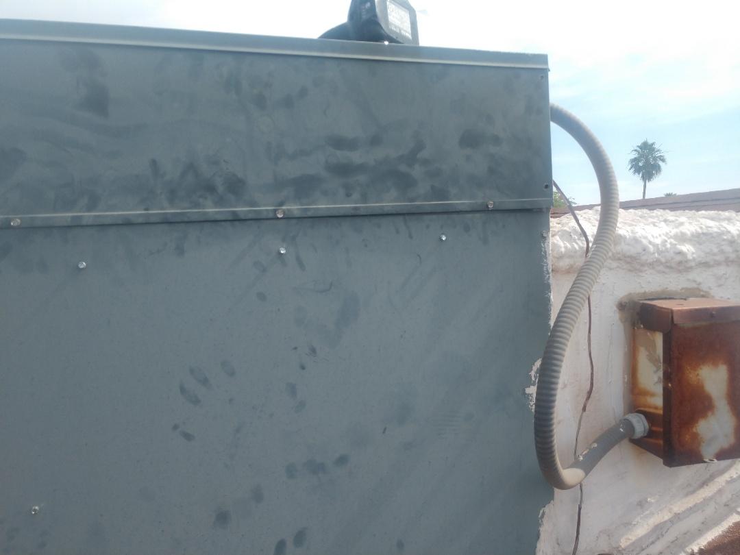 Chandler, AZ - Air conditioning Repair. Performed ac Repair on Goodman package heat pump