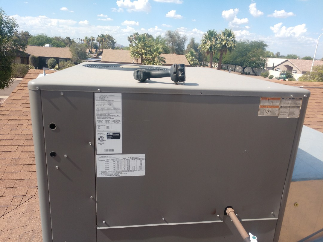 Phoenix, AZ - Ac Repair. Performed air conditioning Repair on Lennox package heat pump