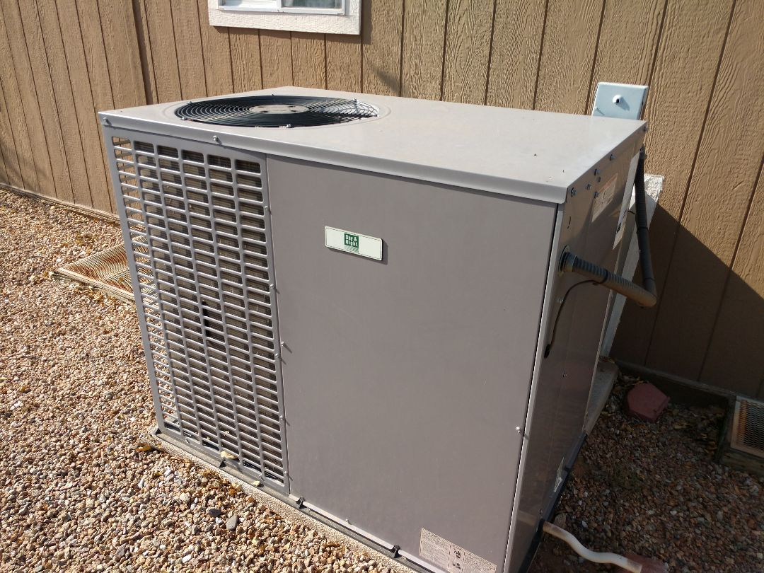 Mesa, AZ - Ac Repair. Performed air conditioning Repair on carrier heat pump