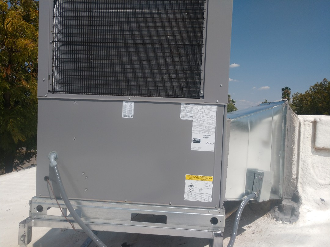 Ac installation. Installed day and night heat pump