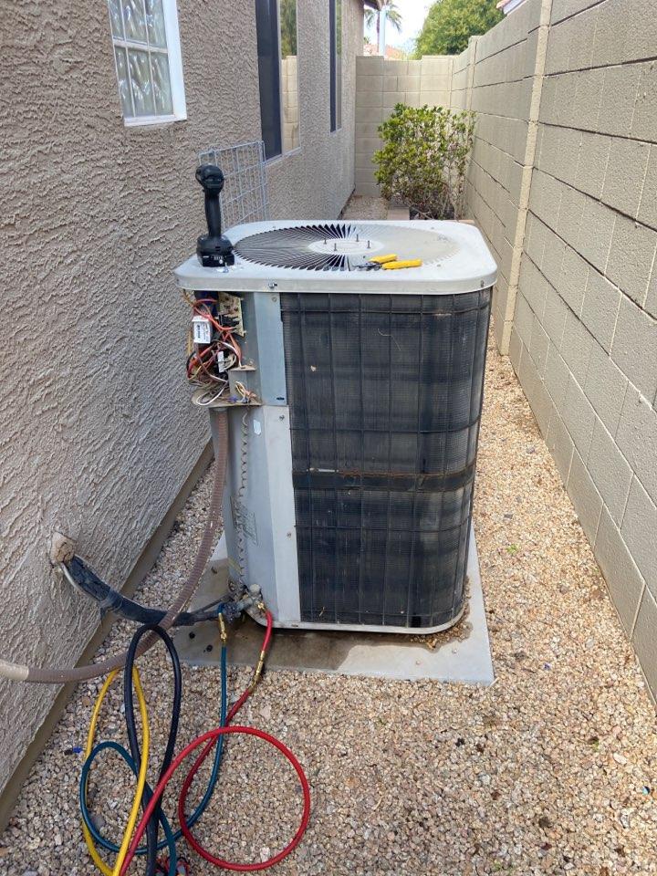Chandler, AZ - Heating call. Performed heating maintenance on Goodman heat pump