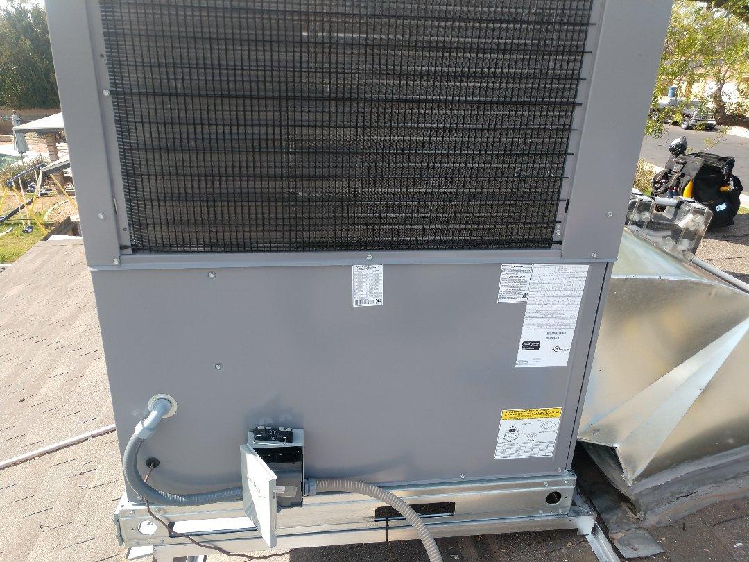 Tempe, AZ - Heat pump Installation. Installed day & Night heat pump