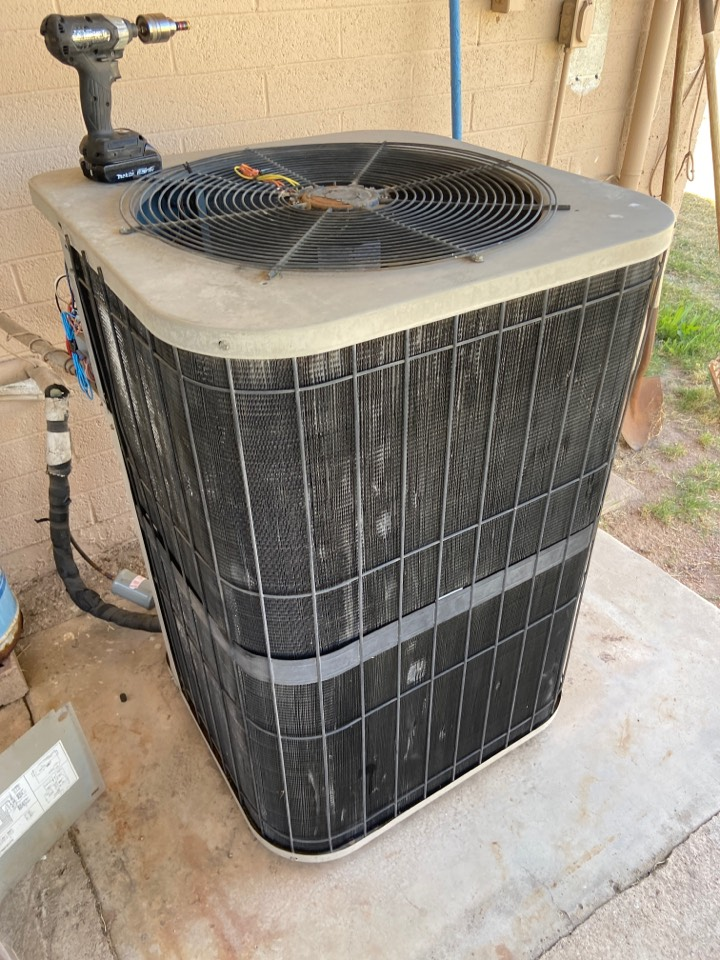 Tempe, AZ - Cooling call. Cooling maintenance on Goodman ac