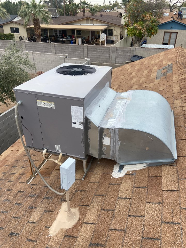 Tempe, AZ - Cooling maintenance on day and night ac