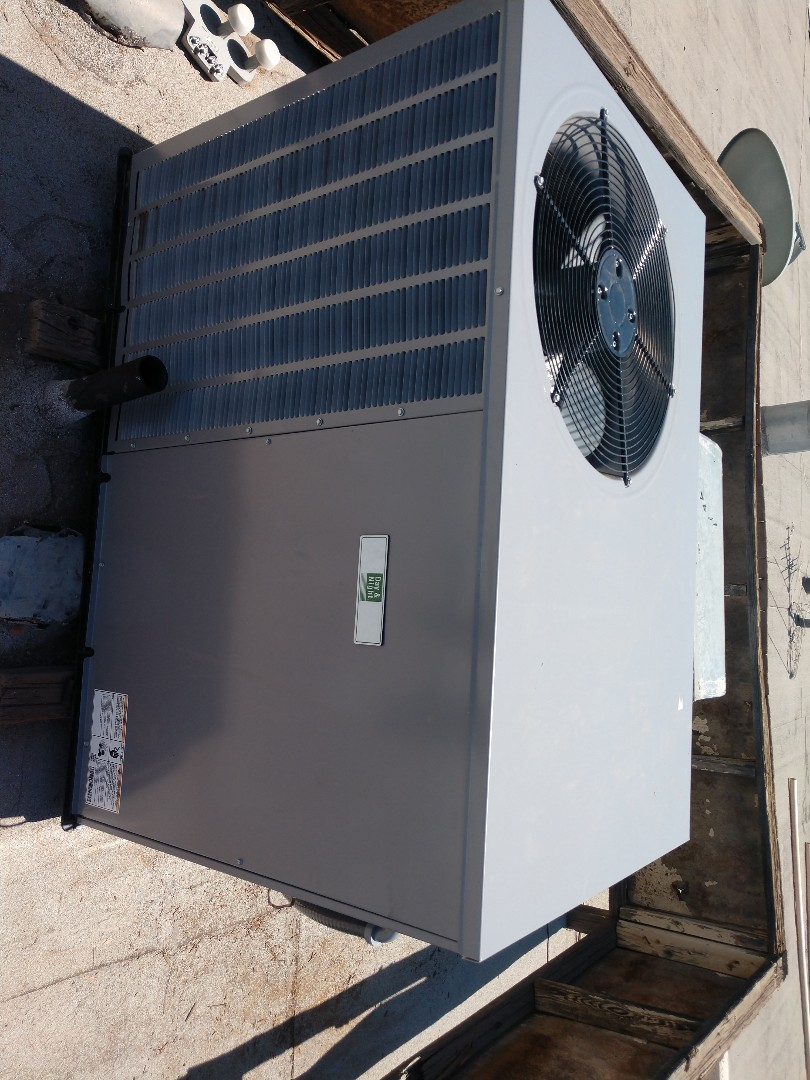 Tempe, AZ - Air conditioning installation. Installed day and night heat pump