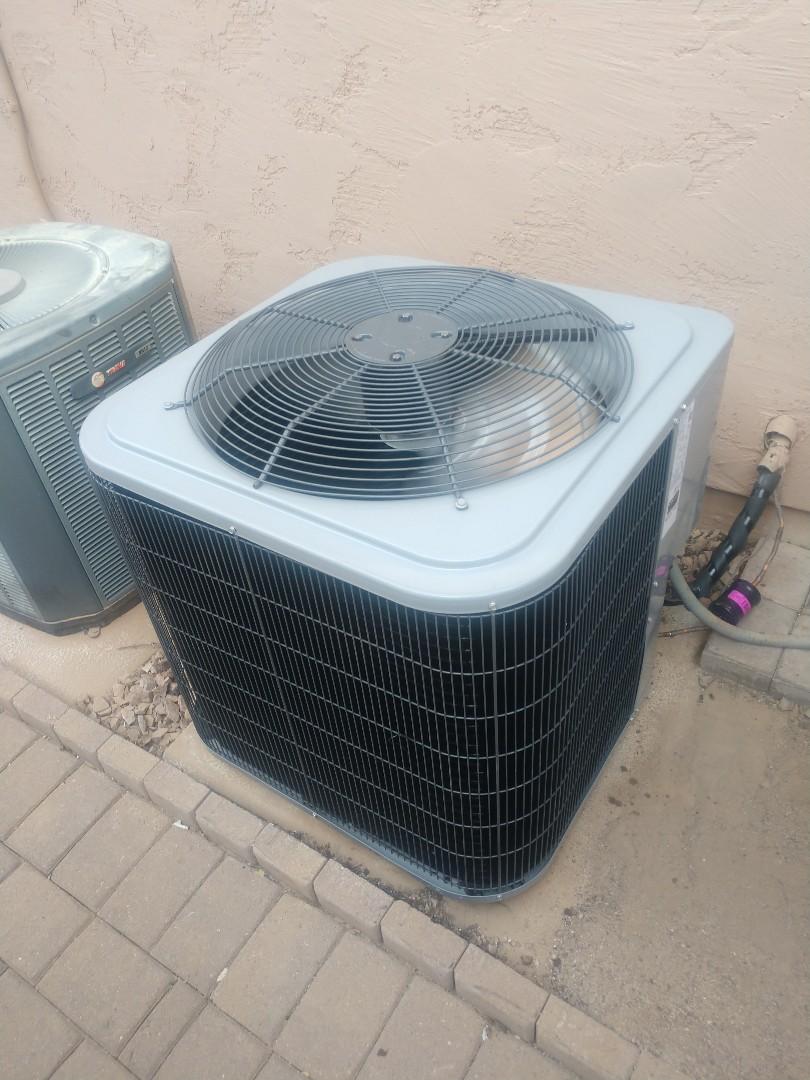 Chandler, AZ - Air conditioning installation. Installed day and night heat pump