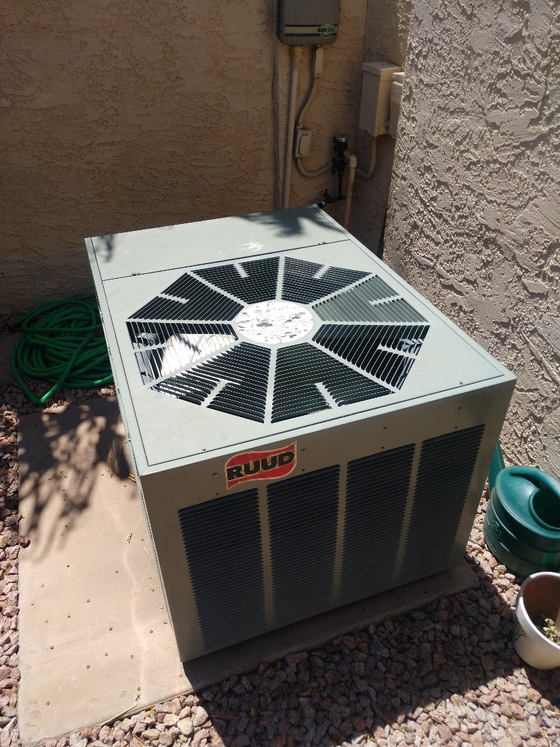 Scottsdale, AZ - Ac tune up. Performed air conditioning Inspection on Rheem heat pump