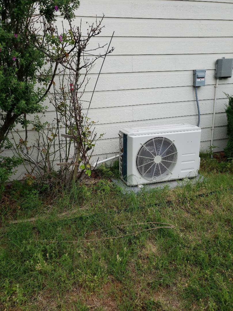 1072012 HEATING AND AIR CONDITIONING BLUFF DALE TX