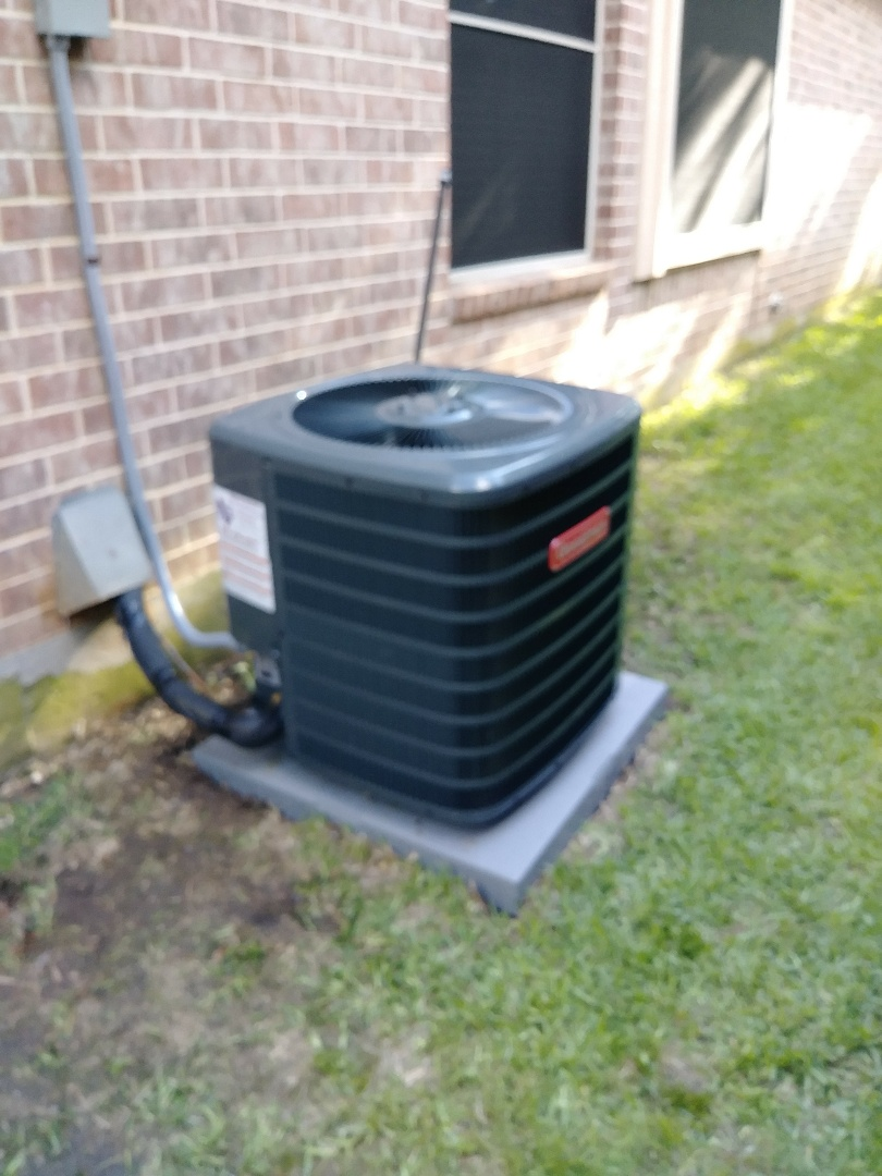 Arlington, TX - Installed a new 2 ton gas furnice split system for a small family in arlington tx