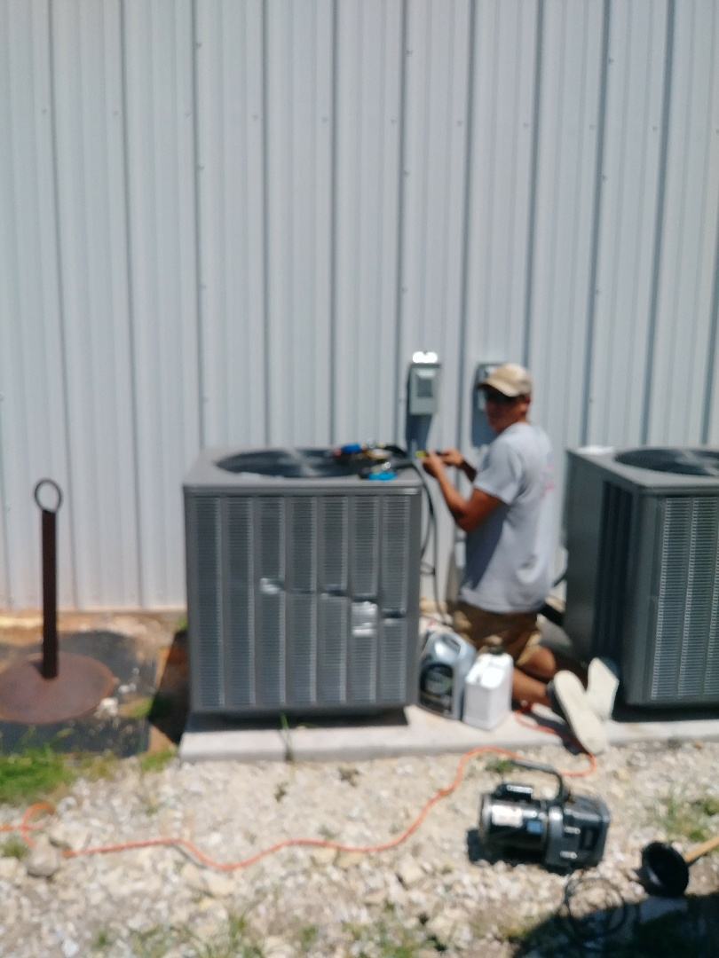 820833 HEATING AND AIR CONDITIONING Glen Rose, TX