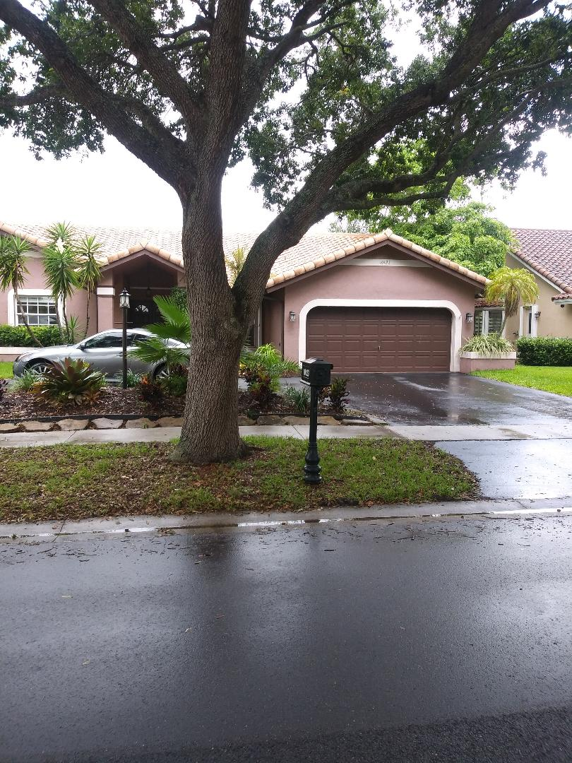 The Captain Paiter make a new free estimate at home family at Plantation FL,