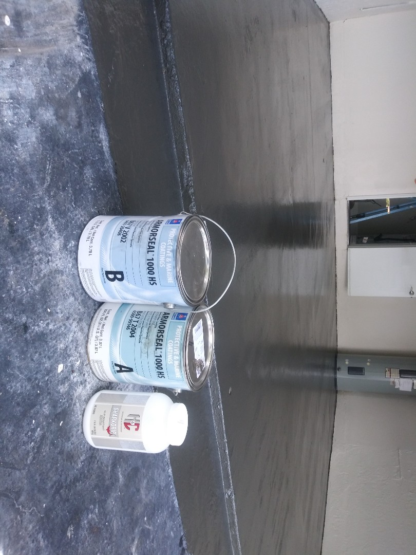 Coral Springs, FL - A nice 2 coats garagem floor epoxy painting at Coral Springs by The  Captain Painter team !!