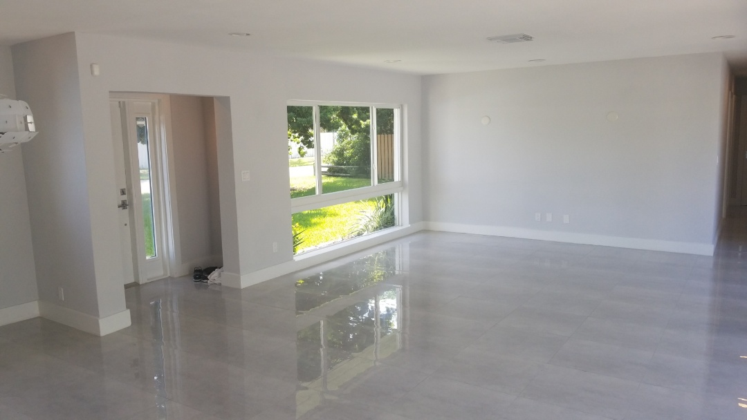 Fort Lauderdale, FL - Estimate for all the interior house paint only whit the best company the captain painter