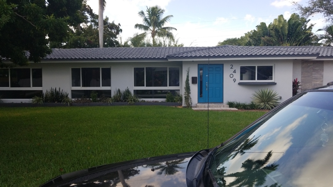 Fort Lauderdale, FL - Estimate for interior paint house only whit the best company in south Florida the captain painter