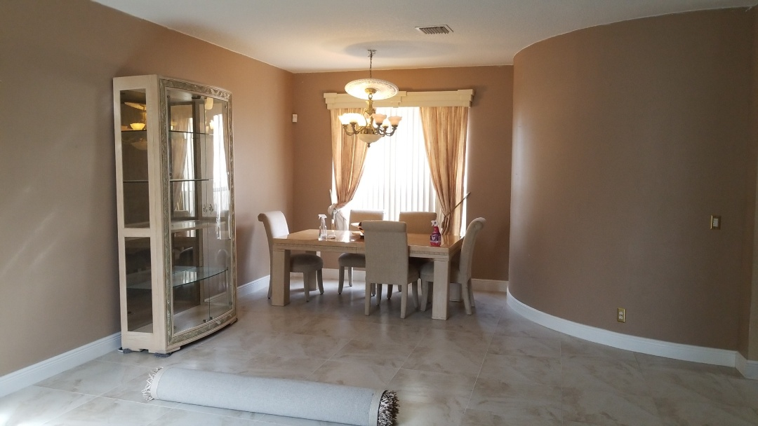 Miramar, FL - Doing estimate miramar fl interior and exterior painting only the captain painter guarantee the best service