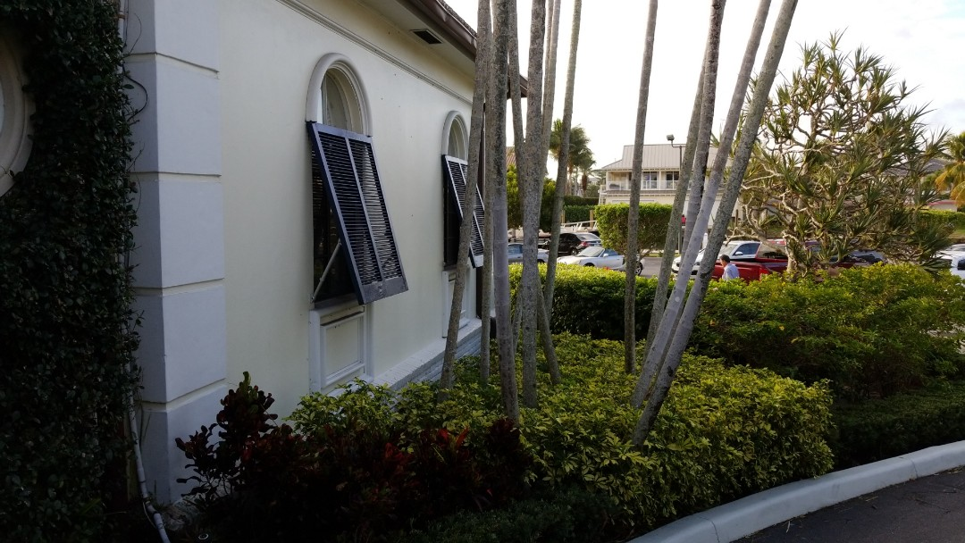 Fort Lauderdale, FL - New estimate comercial painting job only the best company the captain painter