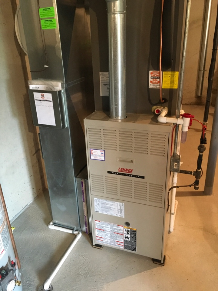 Caledonia, MI - Annual furnace and humidifier maintenance.