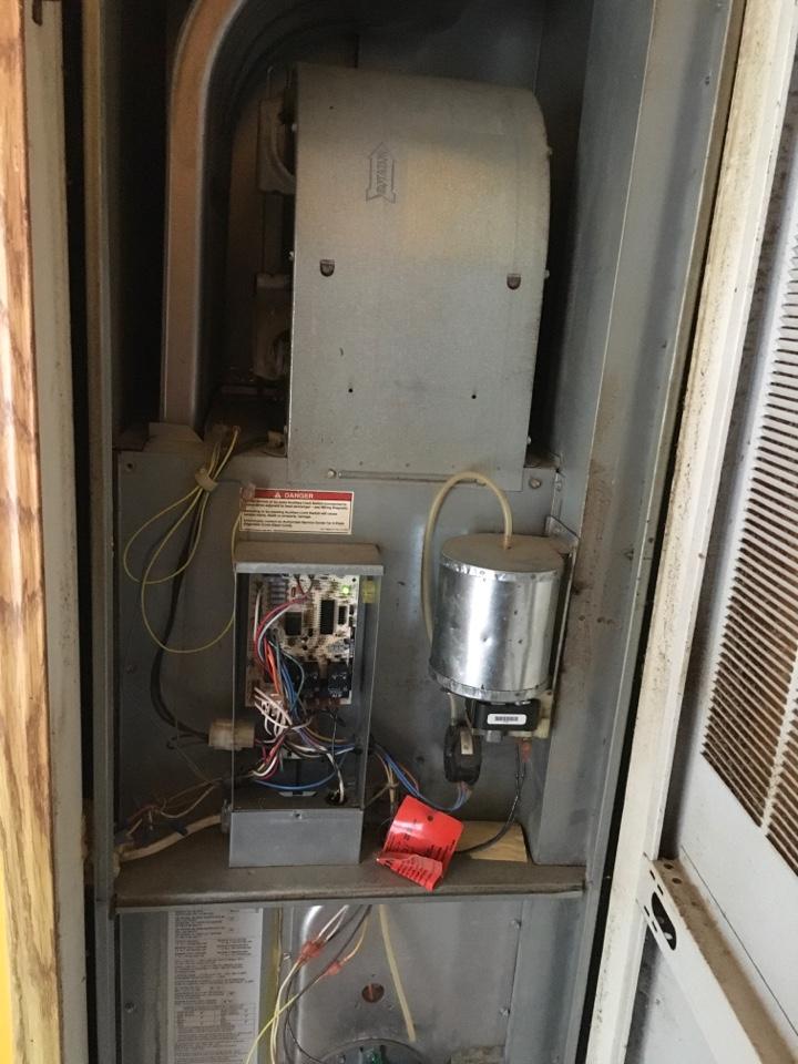 Newaygo, MI - Mobile home furnace not starting.  Inducer motor seized up.