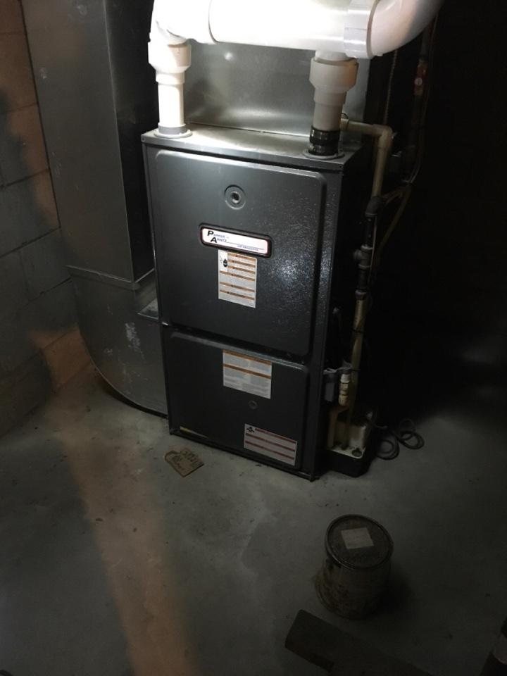 Greenville, MI - Noisy draft inducer motor replaced on Goodman furnace.