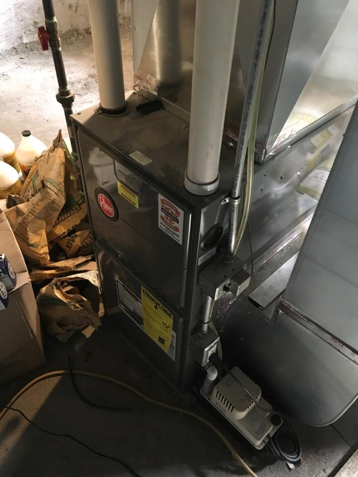 Grand Rapids, MI - Pressure switch replaced on Rheem furnace.