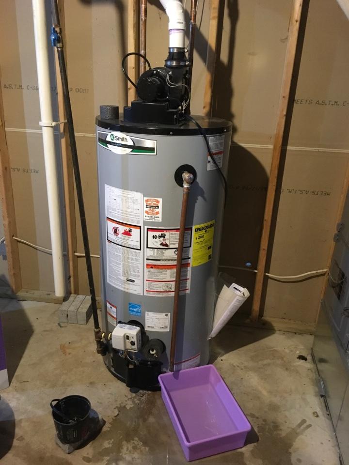 Belding, MI - Leaking water heater repaired.