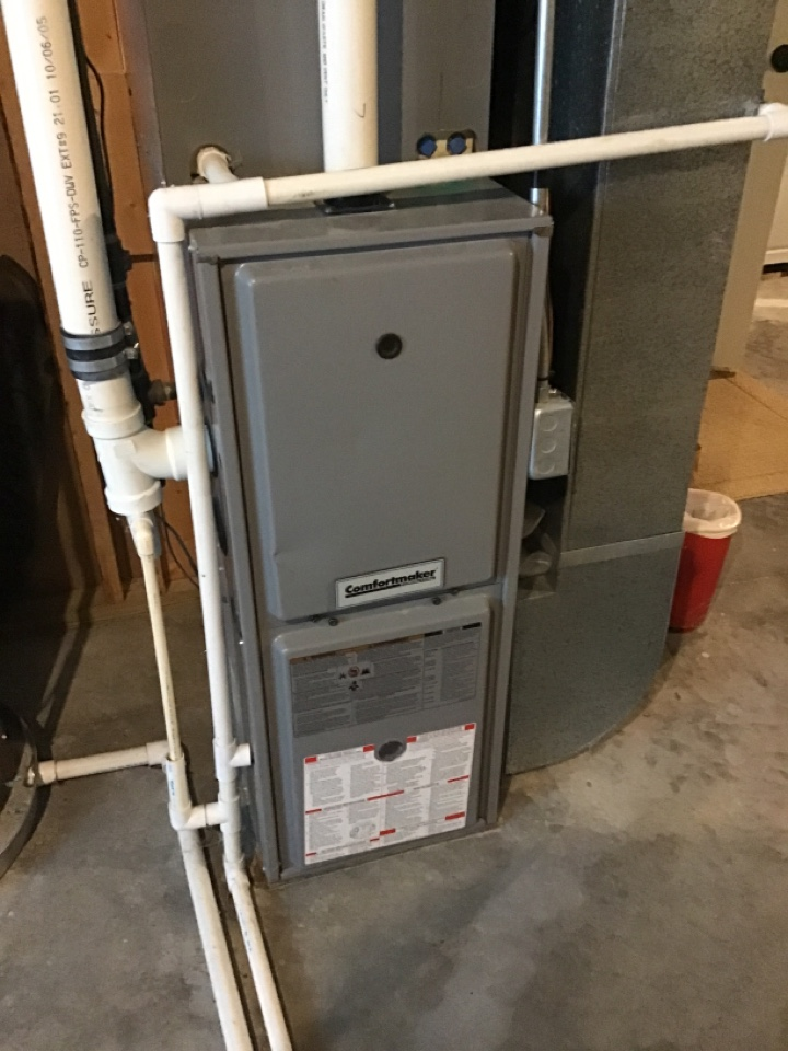 Stanwood, MI - Comfortmaker Furnace and A/C maintenance inspection service call.