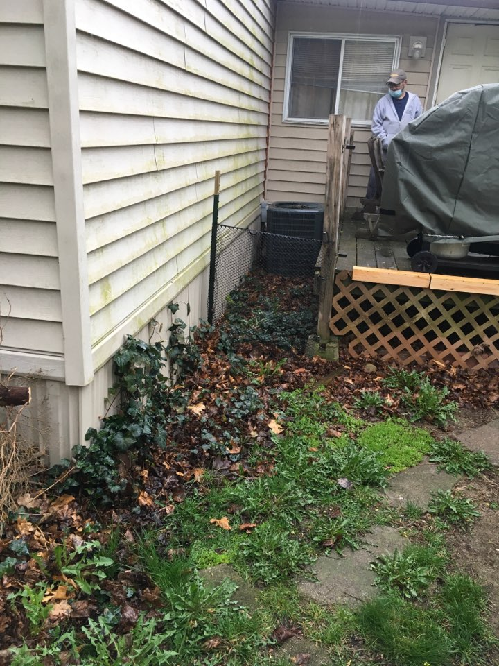 Rockford, MI - Quote to replace water heater, and replace and relocate air conditioning.