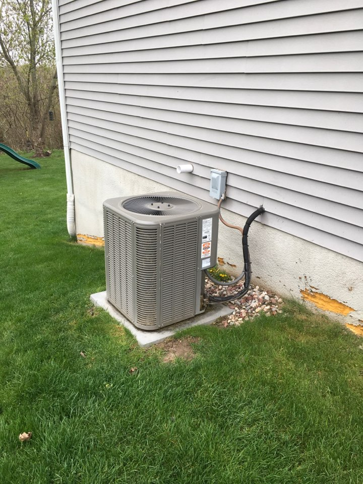 Caledonia, MI - Annual air conditioning maintenance and coil cleaning.