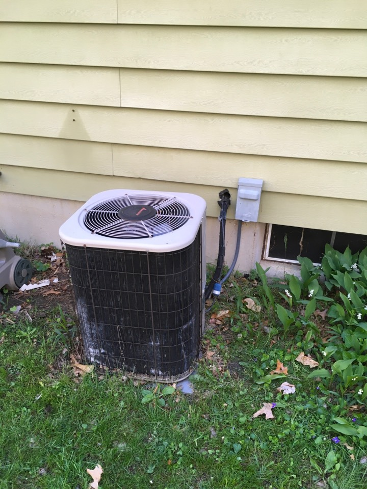 Rockford, MI - Pricing on new furnace and new air conditioning.