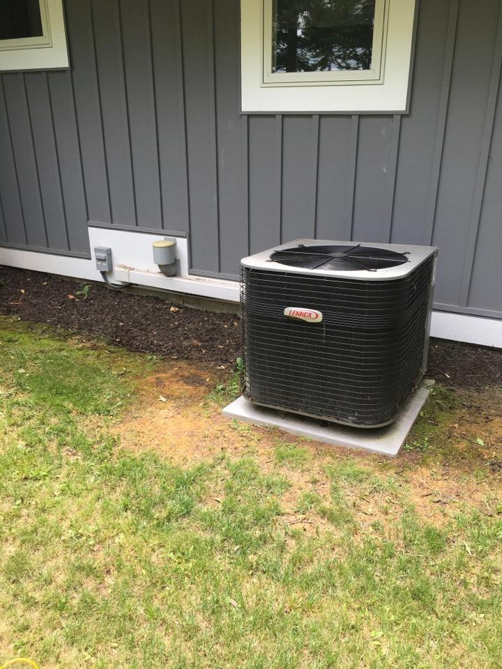 Pierson, MI - Air conditioning working intermittently.