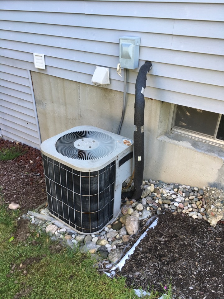 Wyoming, MI - Sales estimate to replace furnace and air conditioning.