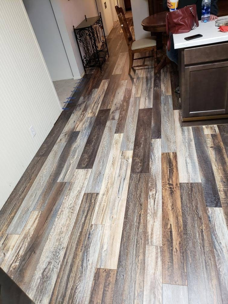 Maryland Heights, MO - Cool LVT floor, looks just like wood!  Near Fenton, Mo.