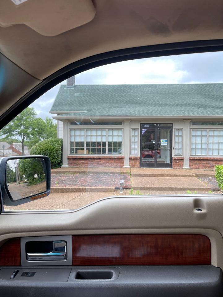 Germantown, TN - Bank drop off
