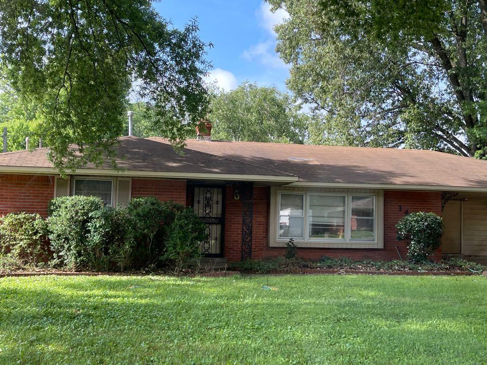 Memphis, TN - Inspecting old roof leak