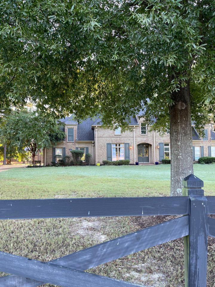 Collierville, TN - We are inspecting an old to be replaced with Atlas Pinnacle Pristine shingles