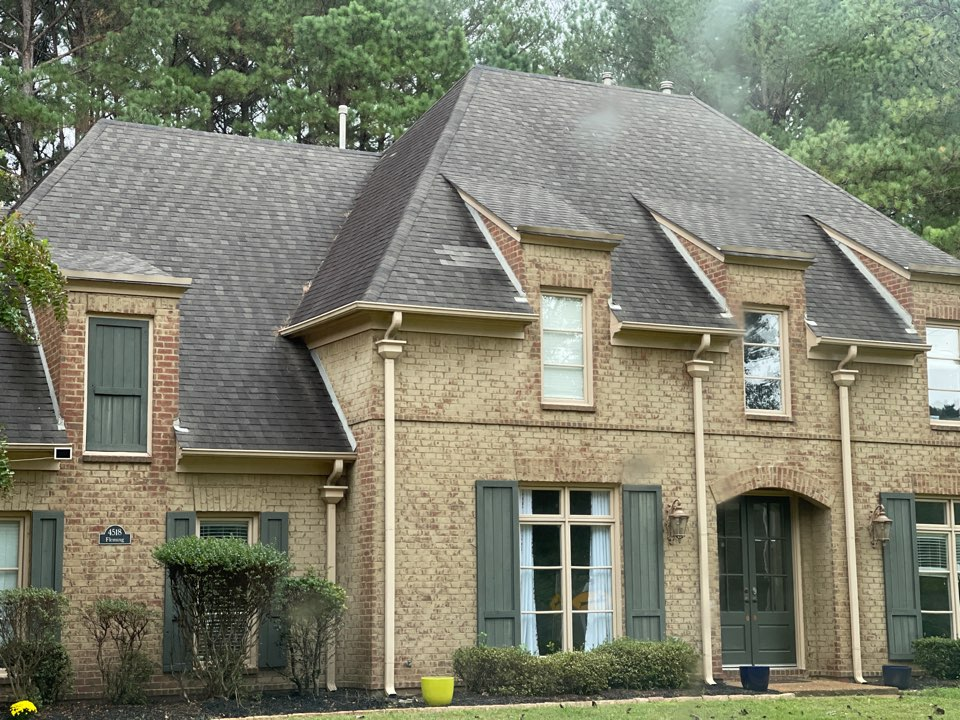 Collierville, TN - We have come out to inspect a roof to be measured and quoted for full replacement. We offer the highest grade quality architectural shingles on the market. Our visit Inspection and Quotes are all provided free to our customers