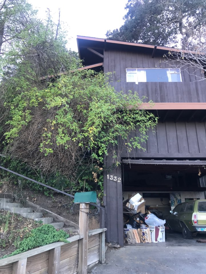 Belmont, CA - Broken furnaces. Wants to add air-conditioning and furnace. Considering adding solar and heat pump versus furnace and a dual fuel option. Suggest installing heat pump, heat pump water heater, SunPower Solar with SunVault or Tesla Powerwall back up power system.