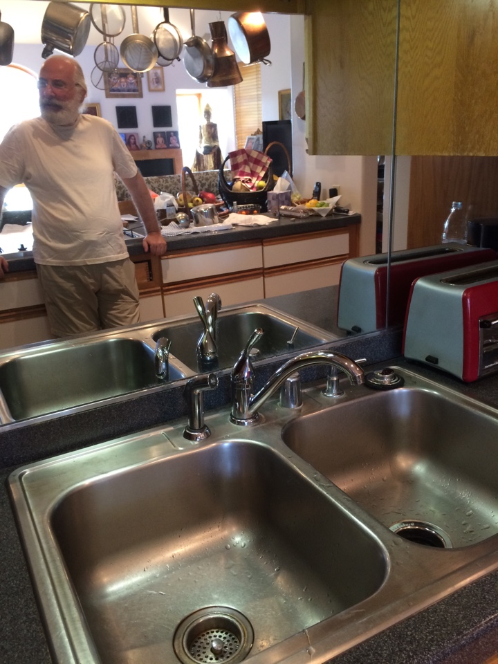Los Angeles, CA - Installed Delta single handle kitchen faucet, ISE garbage disposer, repaired 3 toilets, cleaned tub and lav sink drains in Mt Washington area of LA