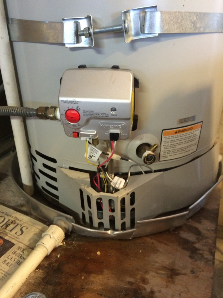 Montebello, CA - Provided repairs on a Bradford White Water Heater in Montebello.