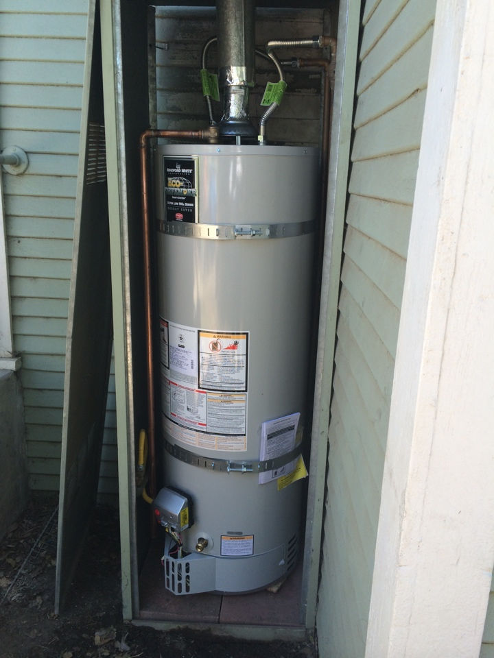 Montebello, CA - Bradford White water heater with code upgrades installed