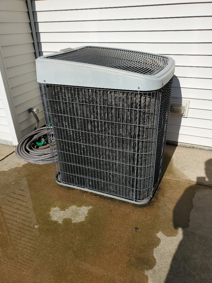 Normal, IL - Seasonal tune up on temporary ac