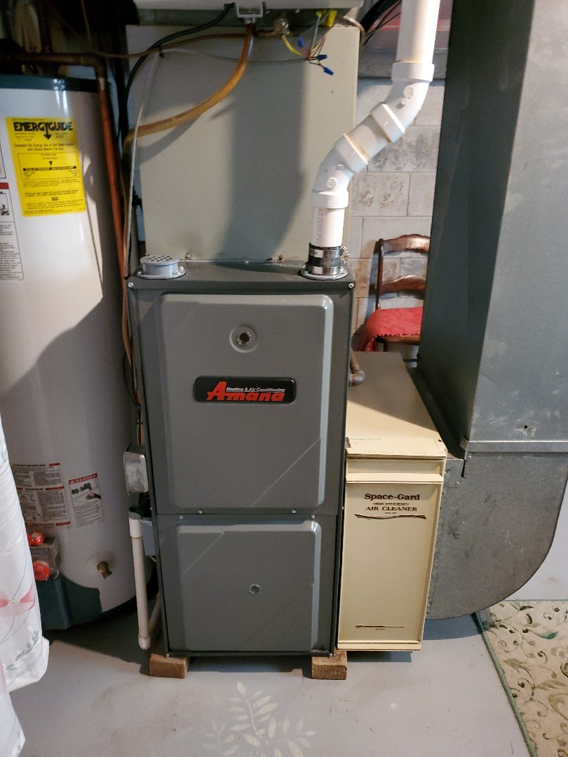 Lexington, IL - Seasonal tune up on Amana furnace