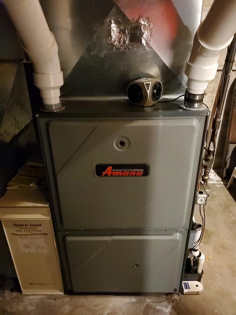 Bloomington, IL - Seasonal tune up on Amana furnace