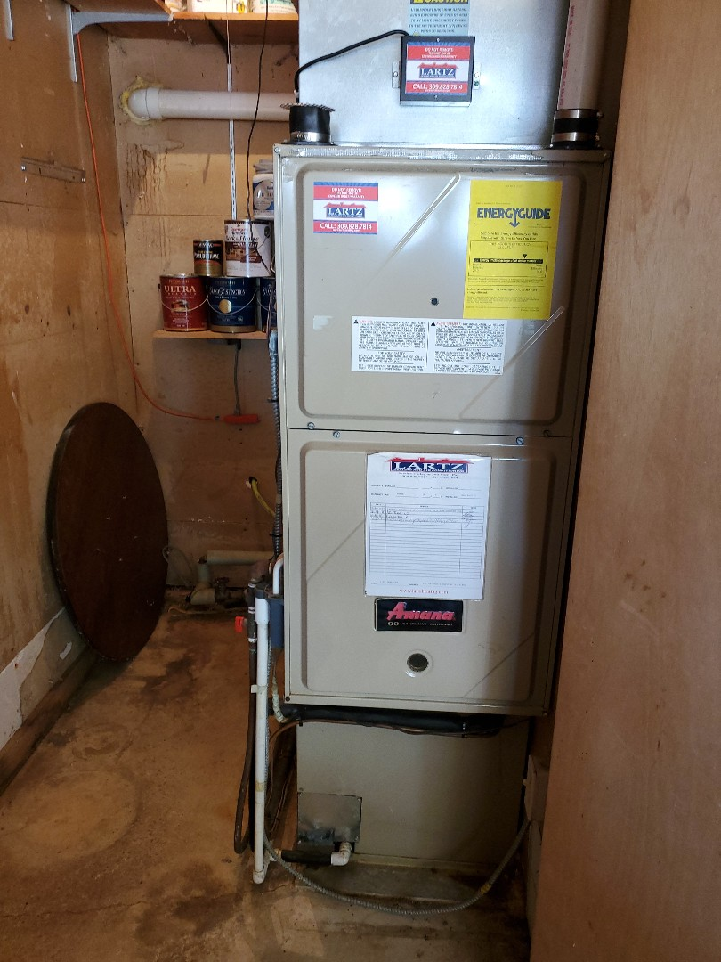 Urbana, IL - Seasonal tune up on Tappan furnace