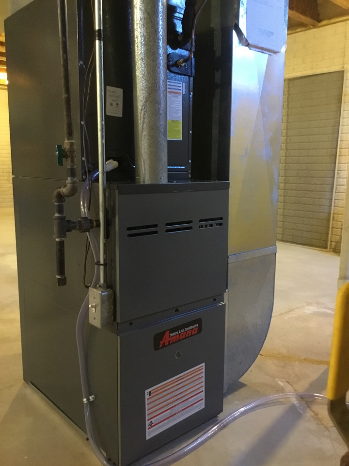 Normal, IL - Installation of a new Amana 80% 2 stage gas furnace along with a new evaporator coil and AC.