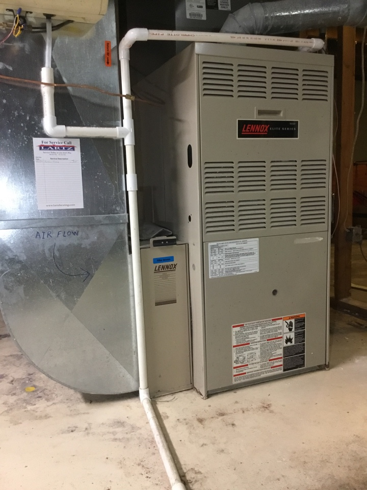 Normal, IL - Furnace tuneup on this older Lennox furnace to prepare for winter.