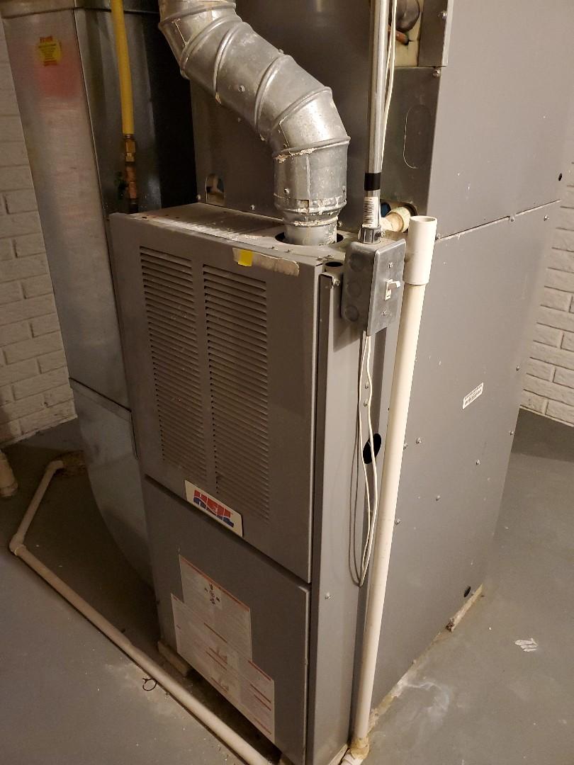 Bloomington, IL - Seasonal tune up on heil furnace
