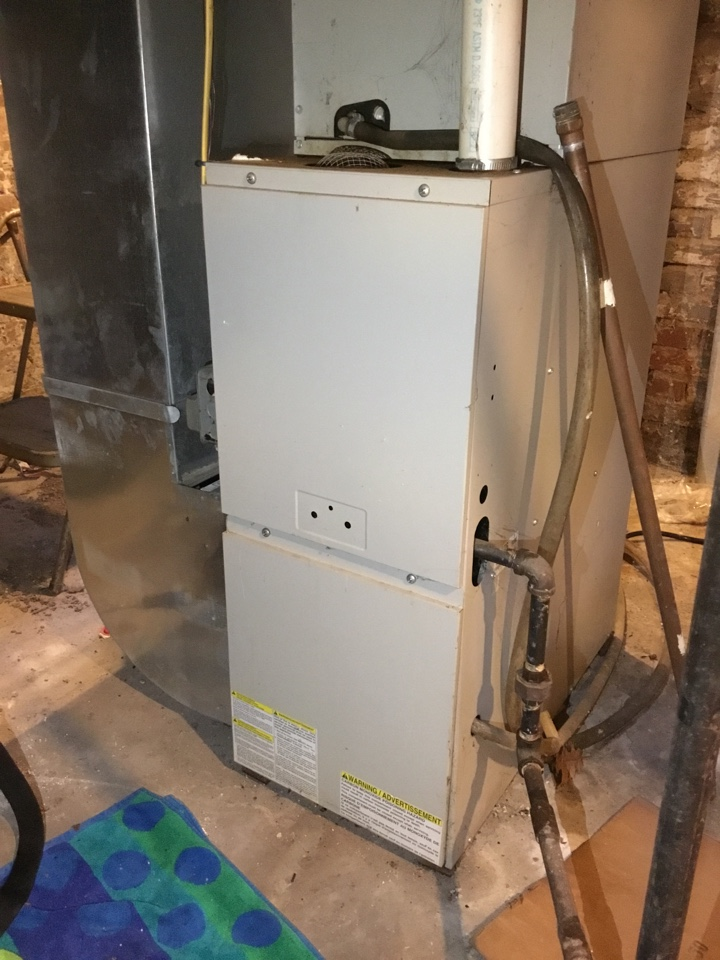 Bloomington, IL - No heat service call on this older Tappan furnace. Blower motor replacement has it up and running again.